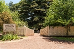 Camperdown-Botanic-Gardens-entrance.jpg