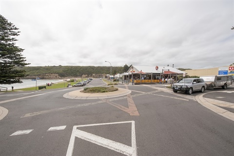 Port Campbell township.jpg